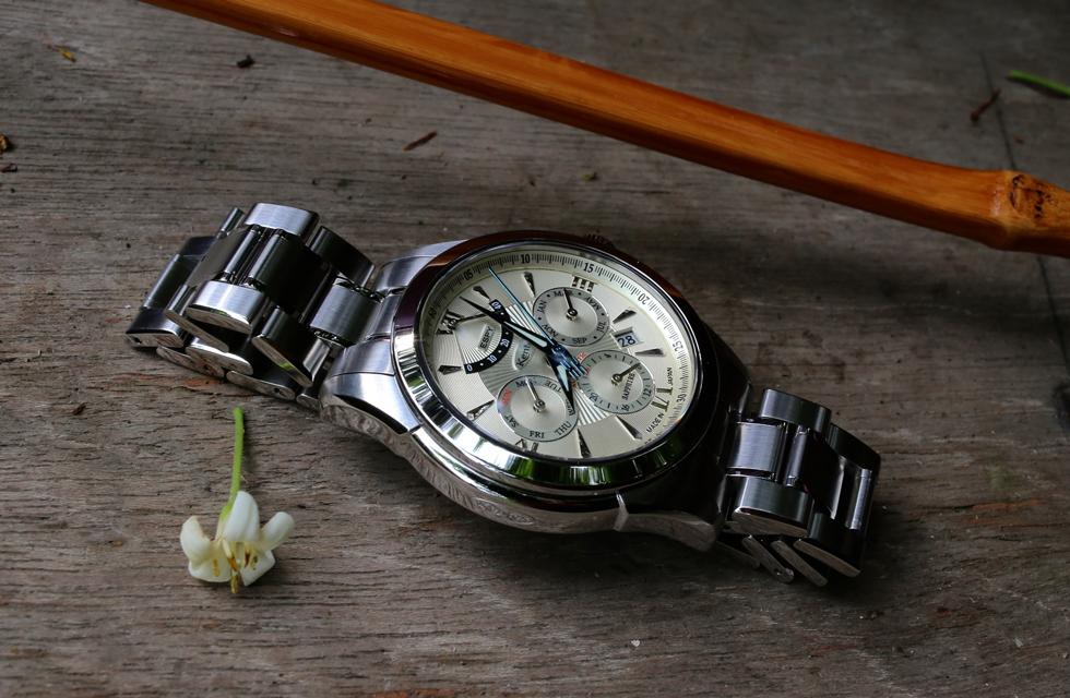 高機能と抑制のきいた上品なデザイン。日本人に合う時計を作りたいという想いが込められたESPYシリーズ。