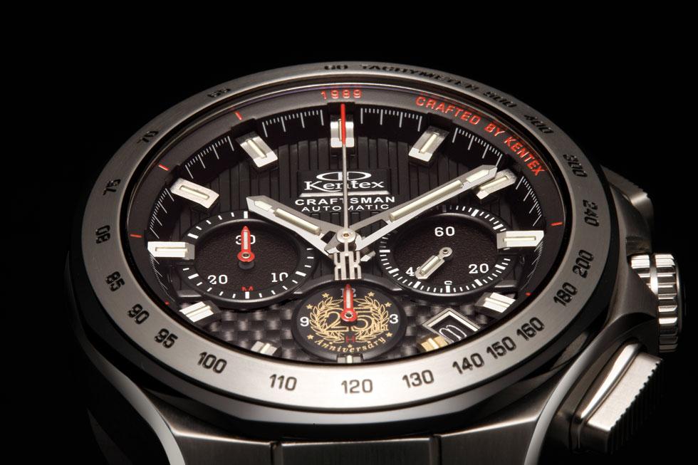 異素材の組み合わせが生み出す質感、機能性と立体デザインの融合を、とことんまでこだわった新クラフツマン。ケンテックスとしては高価格ですが、同価格帯で同様の機能を実現した機械式時計は他にはありません。